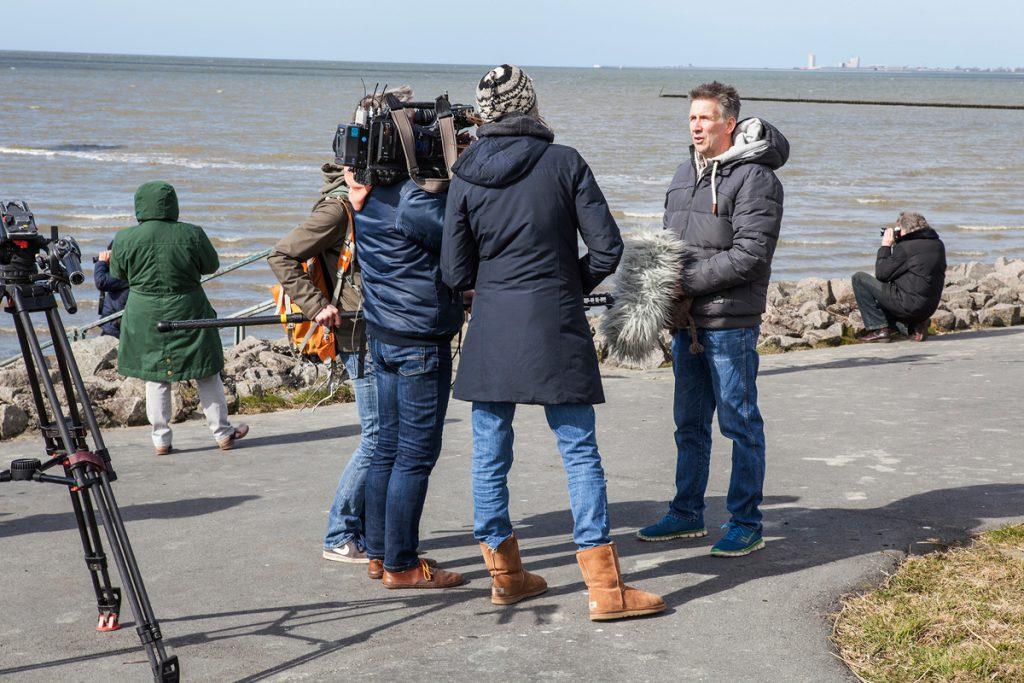 NDR Fernsehteam beim Fotoworkshop im Meldorfer Speicherkoog | Interview mit Stefan Carstensen